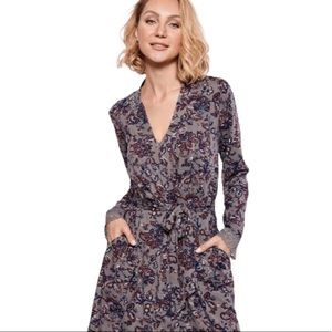 LA VIE EN ROSE Floral Soft Robe Grey Size XXL